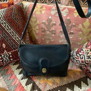 Vintage Coach 9908 Devon Crossbody Bag